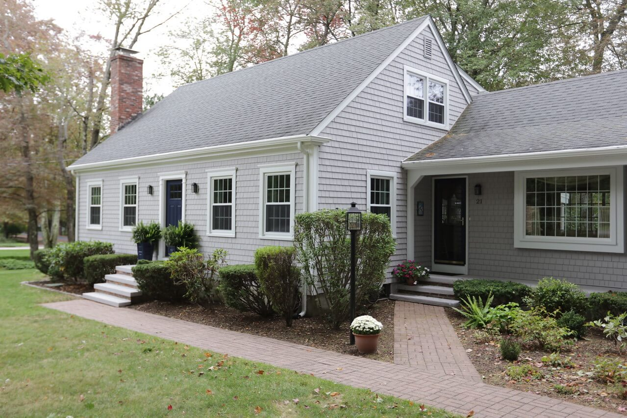 Marshall's contractors expertly installed new vinyl siding, roofing, & replacement windows in MA